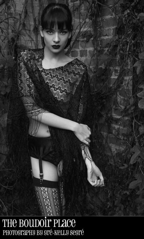 stylized-boudoir-photography-sexy-wardrobe
