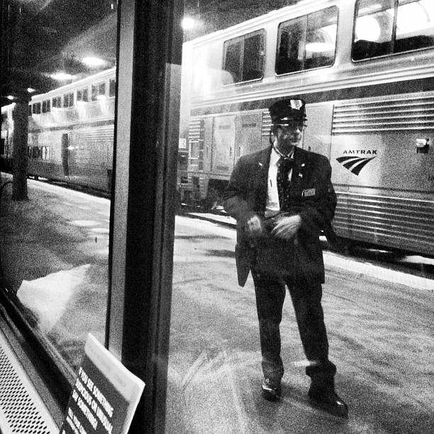 kelly-segre-amtrak-strangers-on-a-train-54